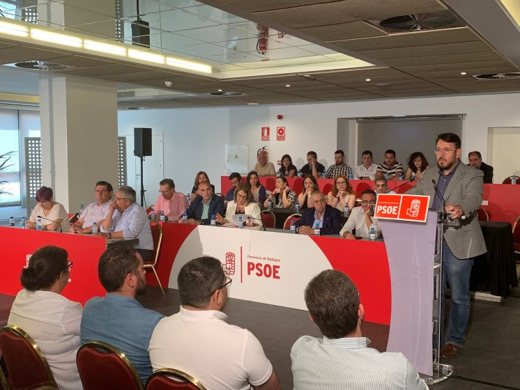 EL COMITÉ PROVINCIAL DEL PSOE DE BADAJOZ PROPONE POR ACLAMACIÓN A MIGUEL ÁNGEL GALLARDO PARA PRESIDIR LA DIPUTACIÓN DE BADAJOZ