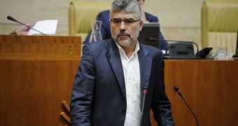 El diputado Morales Álvarez contamina con la semilla del Franquismo a la Asamblea de Extremadura.